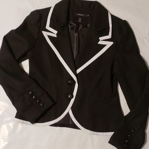 Arden B. Black Wool/Polyester Blend Blazer - M
